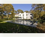 EAST HAMPTON SOUTH WITH 6 BEDROOMS, POOL &amp; TENNIS