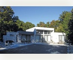 QUOGUE 4 BED CONTEMPORARY WITH POOL AND TENNIS
