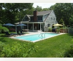PERFECT SUMMER RETREAT CLOSE TO EAST HAMPTON AND SAG HARBOR
