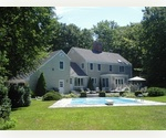 BEAUTIFUL EAST HAMPTON RENTAL